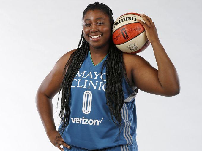 アメリカ女子バスケットボールの人気選手シャンテル・オサホーが来日し3x3参戦!