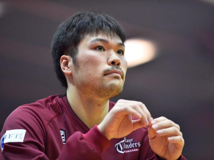 チーム内競争の最激戦区、川崎で奮闘する鎌田裕也「代表での経験を生かしたい」