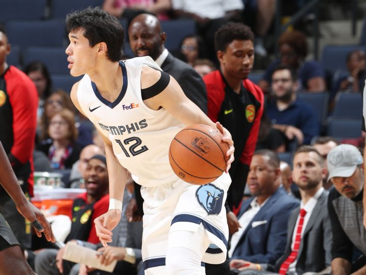 NBAプレシーズンゲームのマジック戦、渡邊雄太は6分間の出場で2得点1リバウンド