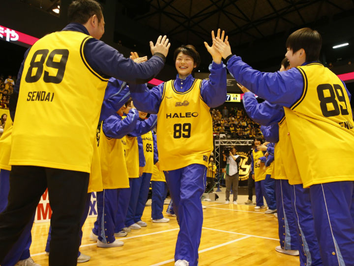 仙台89ERSがルイビル大に進学する『地元の星』今野紀花をファンとともに送り出す