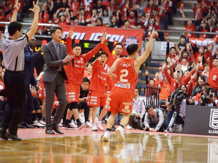 千葉ジェッツ公認ショップでゴールピット最前列『チャンピオンシップシート』を!