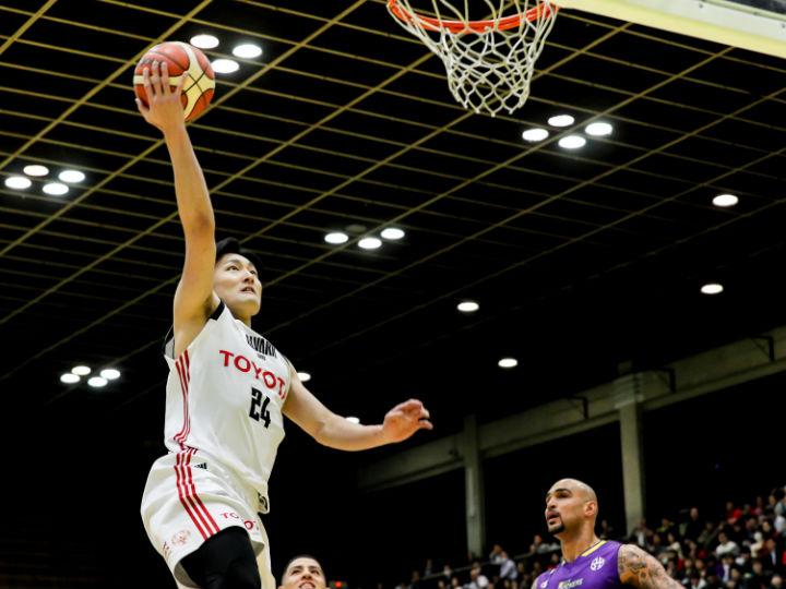 リーグ最高峰の守備と連携、A東京が今シーズン最多得点を更新しSR渋谷を粉砕