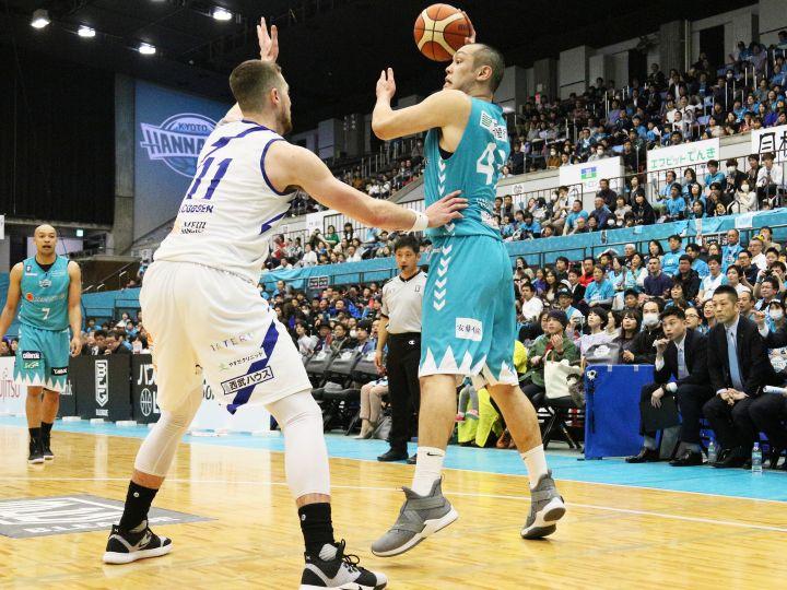 出場停止処分解除の永吉佑也、今シーズン初出場で11得点「メラメラと燃えました」