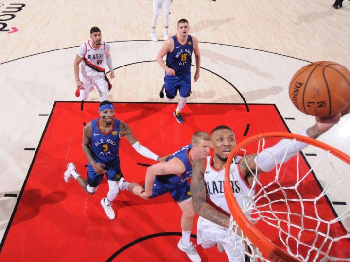 NBAプレーオフ史上2例目の死闘、4度のオーバータイムを制したのはブレイザーズ!