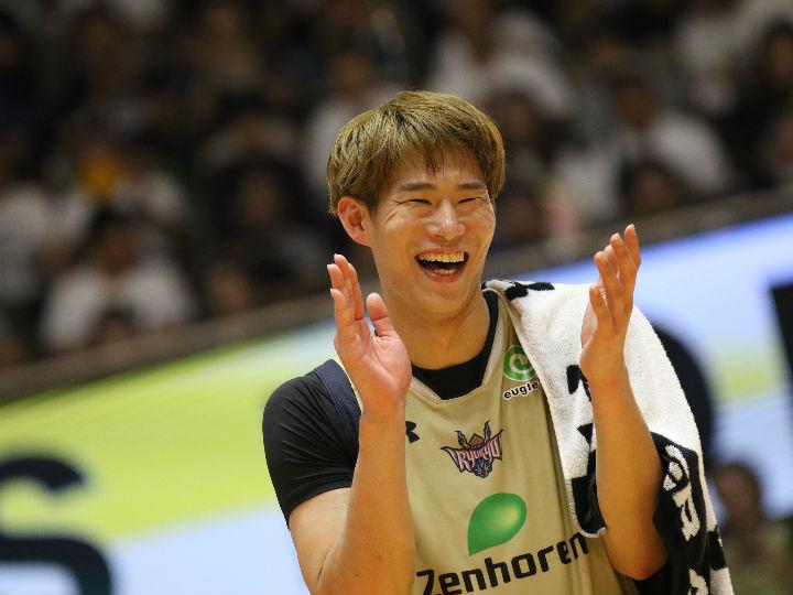 闘志むき出しのプレーで勝利を手繰り寄せた琉球の須田侑太郎「絶対に譲れない!」