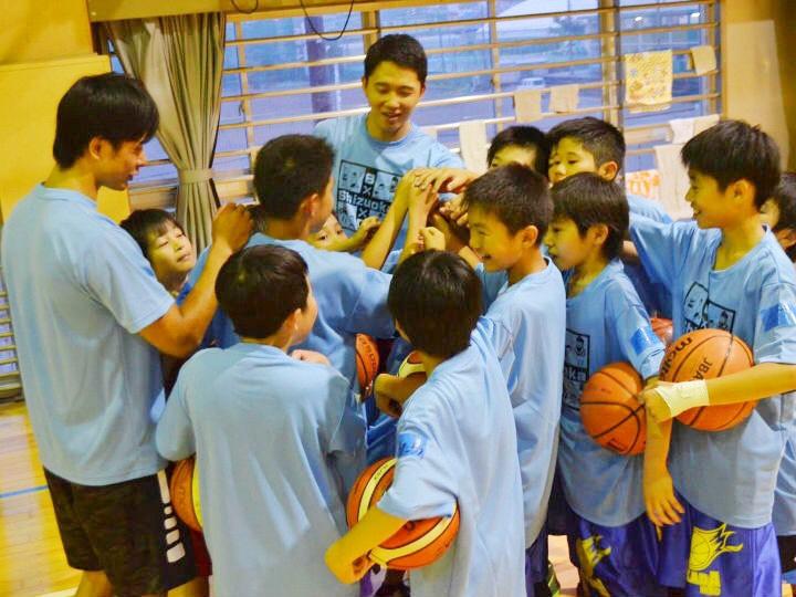 静岡県出身Bリーガーたちが地元に戻ってクリニックを開催「夢への挑戦の後押し」