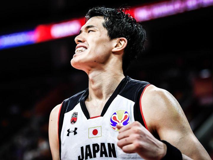 背中で魅せた渡邊雄太「自分のできるすべてをとにかく出し切る」で34得点をマーク