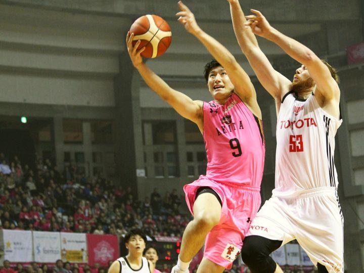秋田ノーザンハピネッツ、全員バスケ完遂で『東地区3強』の一角を崩す貴重な勝利