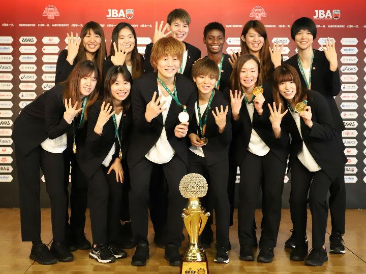 女子日本代表