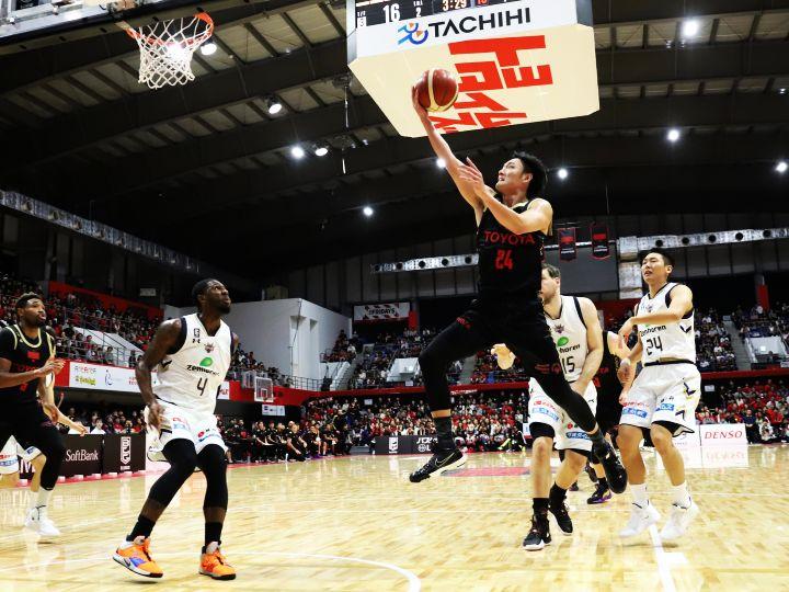 田中大貴が『ドミネイト』するアルバルク東京、危なげない試合運びで琉球に快勝