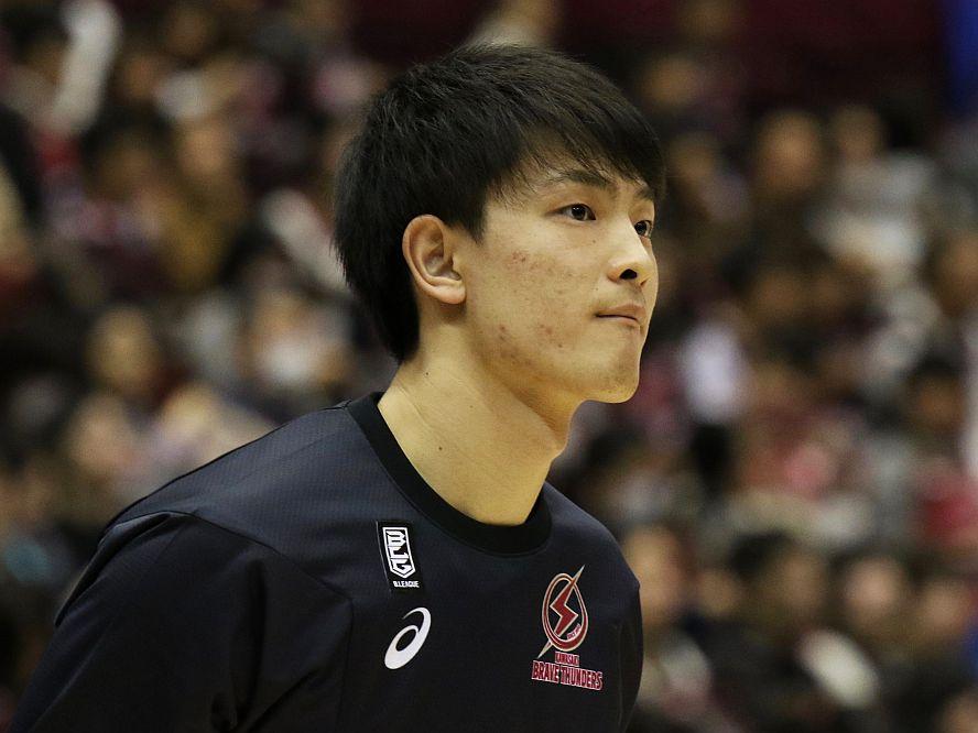 筑波大から川崎ブレイブサンダースへ加入した増田啓介、プロ挑戦への意欲「自分も負けられない」