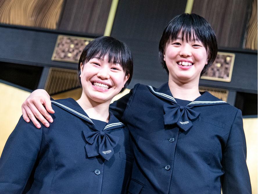 高校3冠を達成した桜花学園の平下愛佳×江村優有、強さの秘訣は「井上先生の指導に忠実なところ」