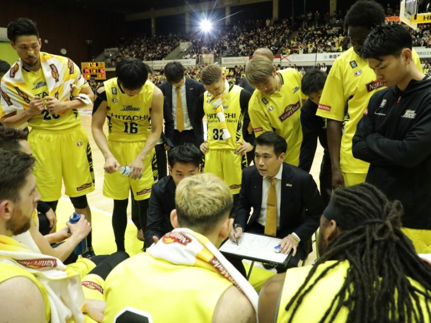 サンロッカーズ渋谷の伊佐勉ヘッドコーチ「バスケットを心の底から楽しめる日」が戻ることを願う