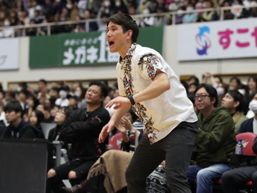 琉球ゴールデンキングスを西地区優勝に導いた藤田弘輝ヘッドコーチの続投が決定