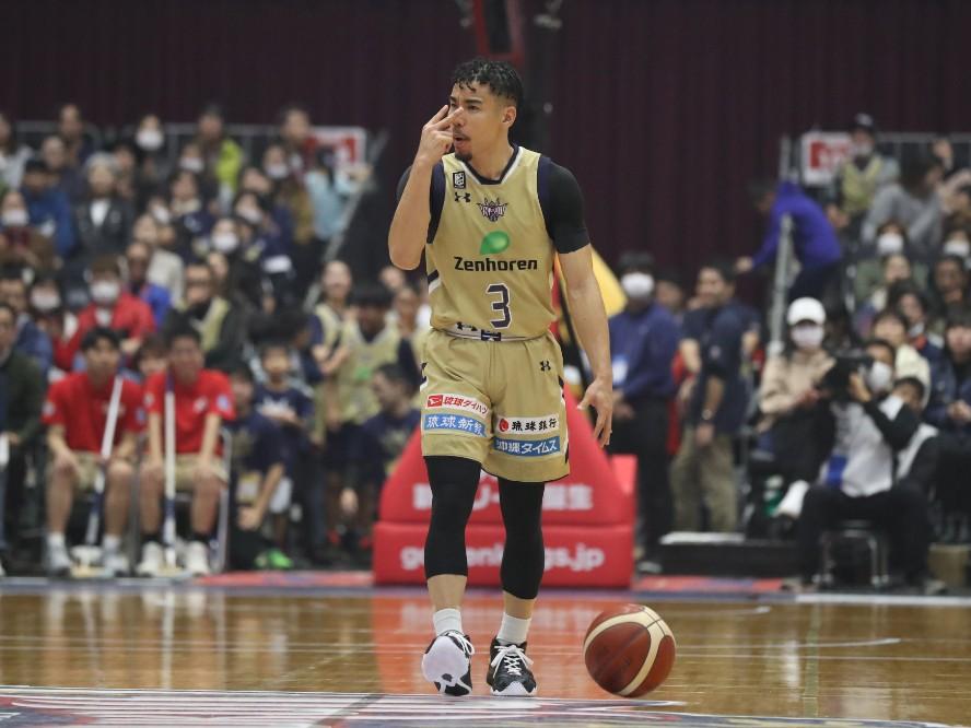 琉球ゴールデンキングスが並里成との契約を継続「チームメイトと沖縄の皆さまと共に戦い、挑んでいきたい」