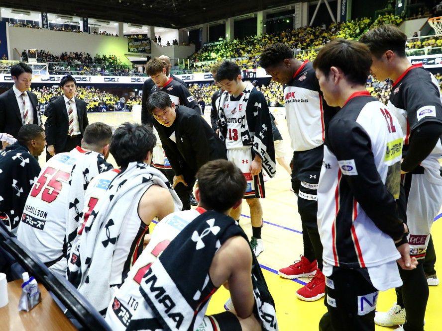 大阪エヴェッサ、天日謙作ヘッドコーチの療養を発表「5カ月間ほど治療に専念することになりました」