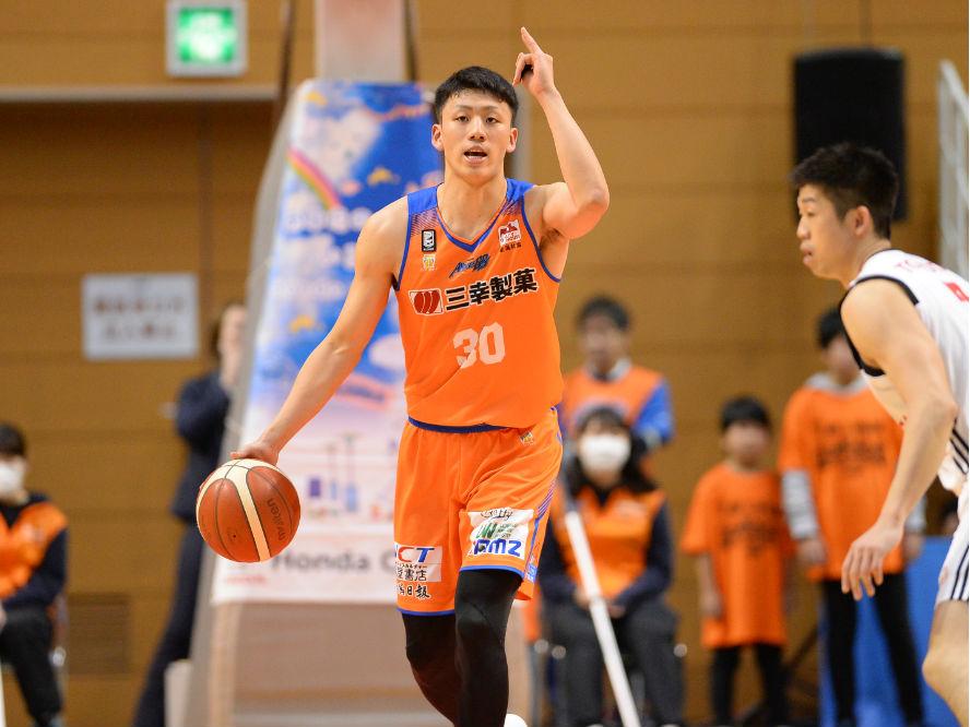 琉球ゴールデンキングス、成長著しい今村佳太の獲得を発表「沖縄を元気にできるようなプレーヤーに」