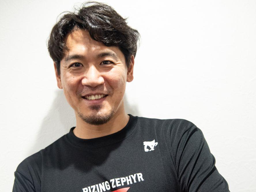 福岡に唯一残ったベテラン、加納督大はスクールコーチ兼任でB1を目指す「ライジングを福岡に根付かせたい」