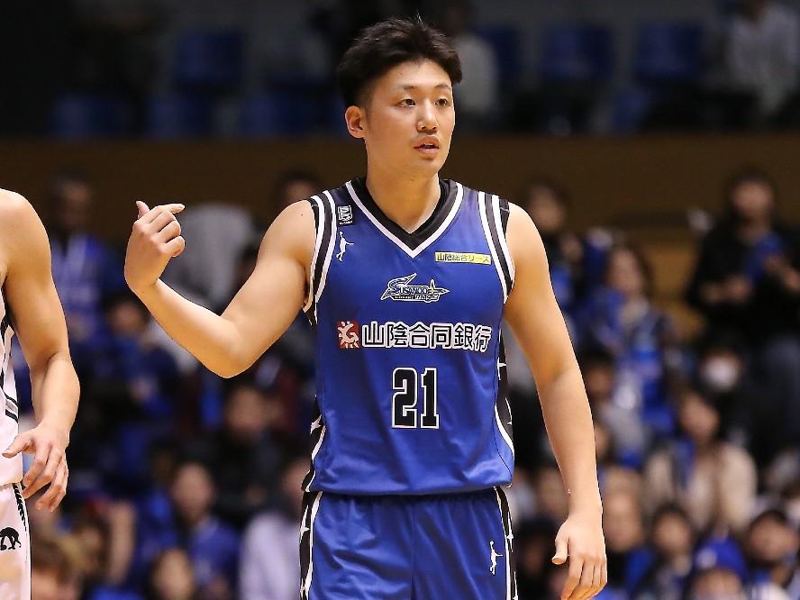 新潟アルビレックスBB、納見悠仁が挑むルーキーシーズン「経験を積むだけではダメ、勝ちに行くことが大事」