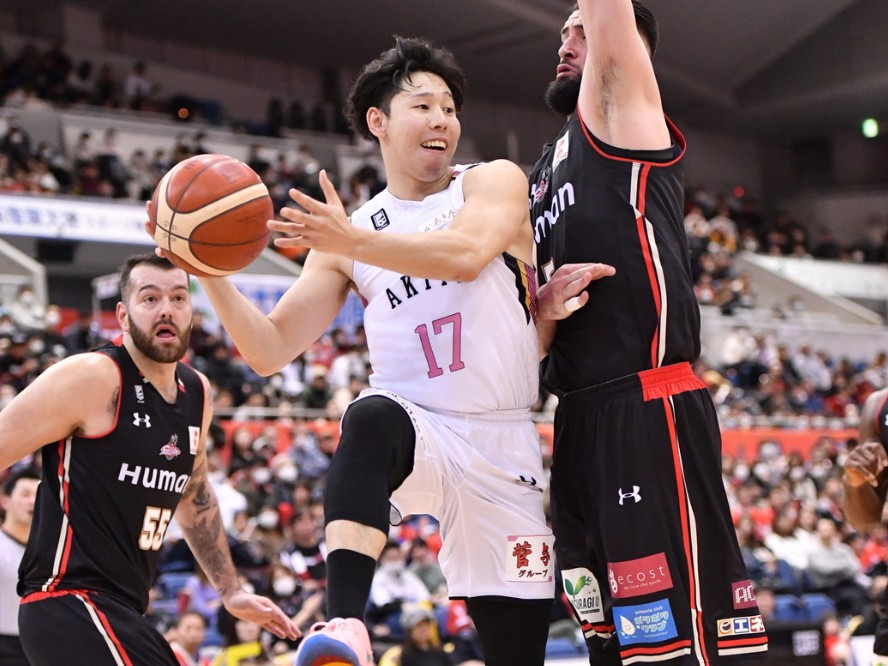 秋田ノーザンハピネッツ、2020-21シーズンのキャプテンは『チームの顔』中山拓哉が就任