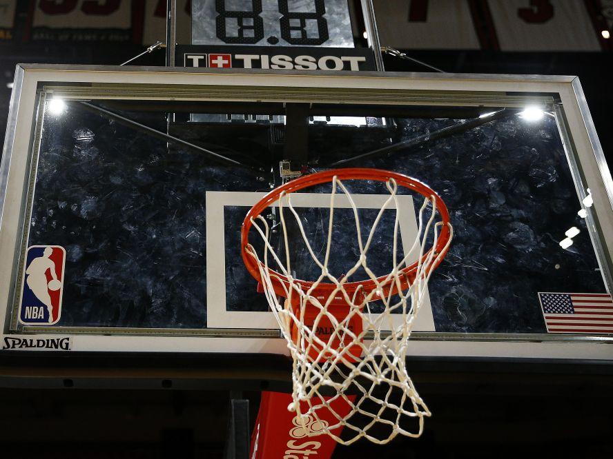 感染疑いの選手が出たためにヒートvsセルティックスの試合は延期に、NBAは「シーズン中断の考えはない」と発表