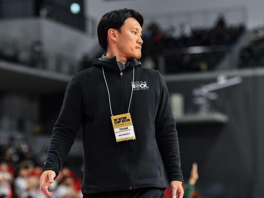 『勝負の年』を迎えた報徳学園、全国制覇を目指す田中敬コーチ(前編)「バスケを通じて大事なことを学んでほしい」