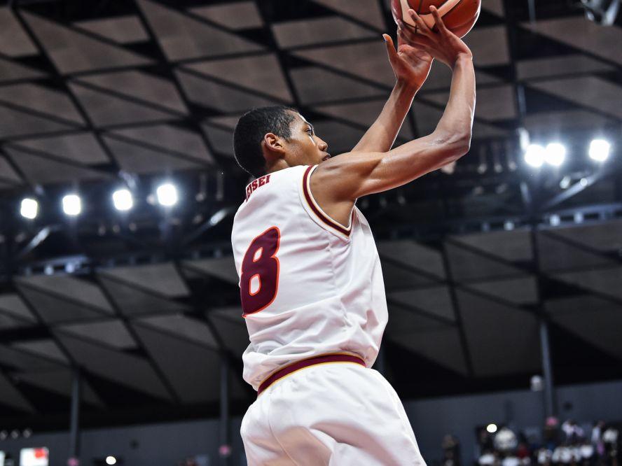 明成の山﨑一渉、『八村二世』の呼び名を上回るインパクトを期待される高校バスケ期待の星