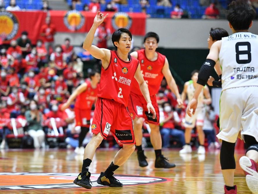 チームを勝たせる司令塔を目指す齋藤拓実、開幕節を終えディフェンスの重要さをあらためて痛感