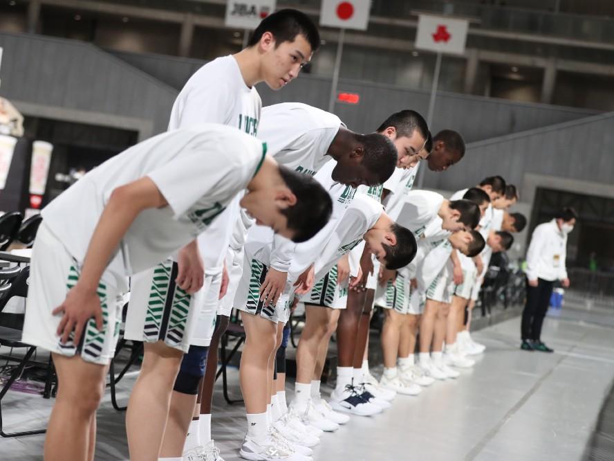 ウインターカップ5日目が終了、男子は福岡第一が仙台大学附属明成に敗れ3連覇の夢かなわず、女子は明日決勝へ