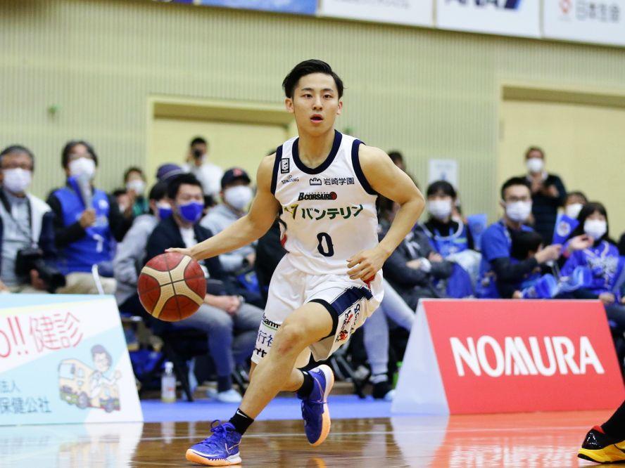 河村勇輝、特別指定選手として加わった横浜ビー・コルセアーズでのデビュー戦で早速アシスト&得点と活躍