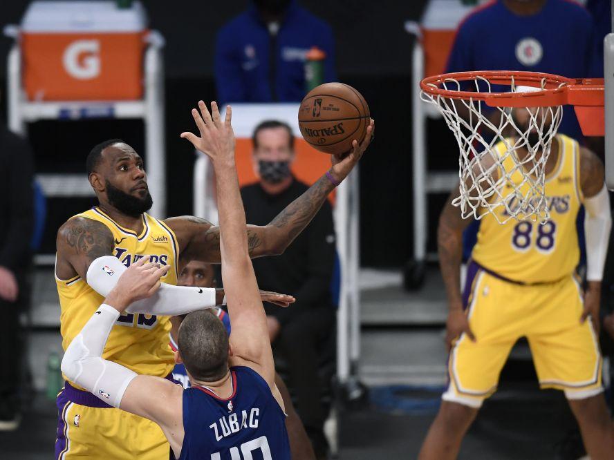 NBA開幕戦を終えたレブロン・ジェームズ、レイカーズ優勝の日からたった10週間後の開幕に「不思議な感覚」
