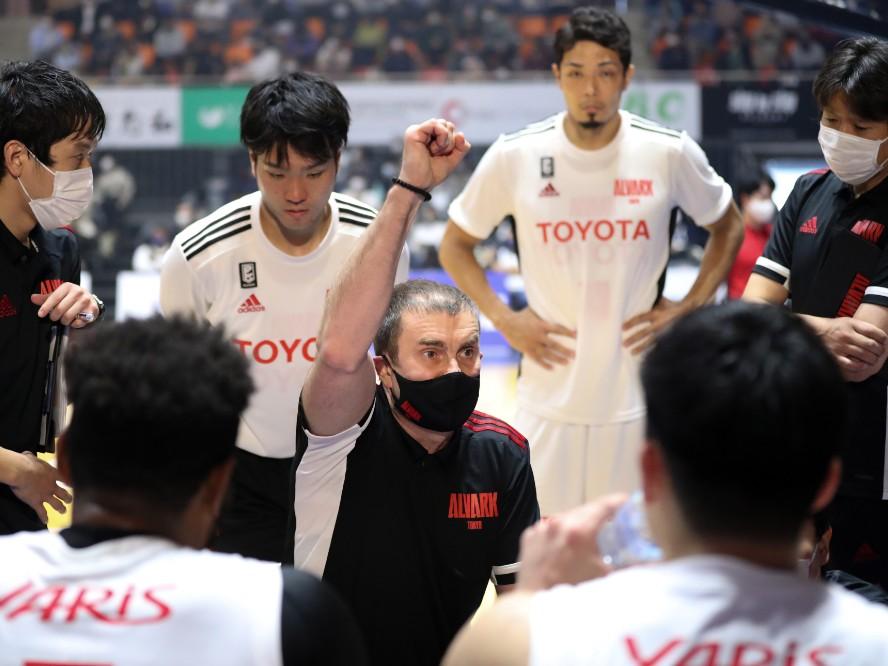 A東京、名将ルカ・パヴィチェヴィッチが断行した初のテコ入れ「アルバルクの目指すゲームを最大限に行うため」