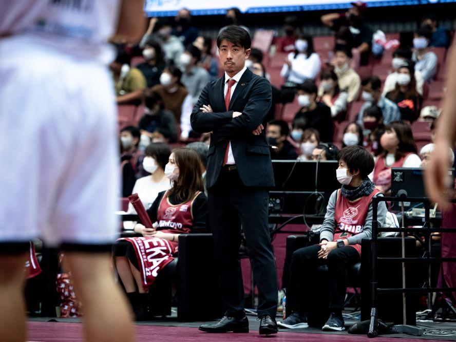 川崎ブレイブサンダースを率いる佐藤賢次、中断期間の『立て直し』に自信「川崎らしさが見える試合を」