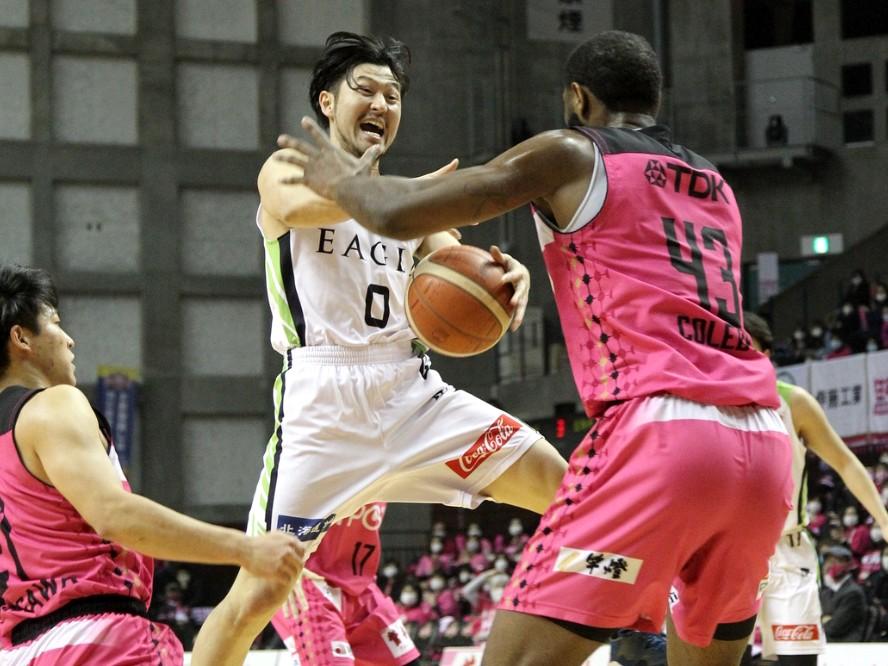 秋田に惜敗したレバンガ北海道、橋本竜馬はシーズン後半戦に向け「接戦をモノにするにはワイルドさが必要」