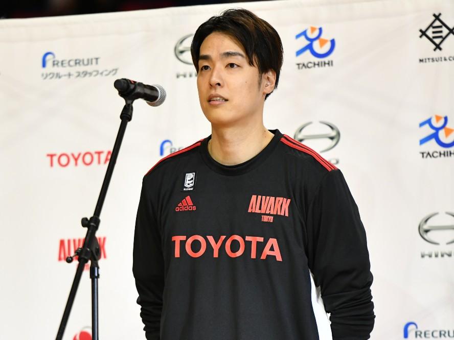 アルバルク東京を支えたベテラン、竹内譲次が契約満了に「まだ引退はしません」