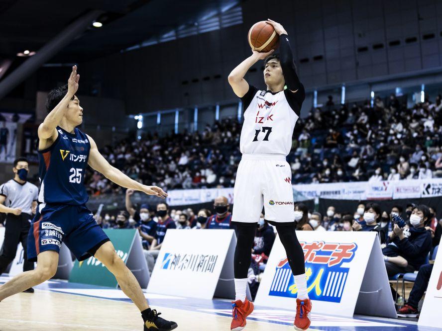 日本人エースとして覚醒しつつある岡田侑大を筆頭に、個性が噛み合いチーム力となる富山グラウジーズが横浜に快勝
