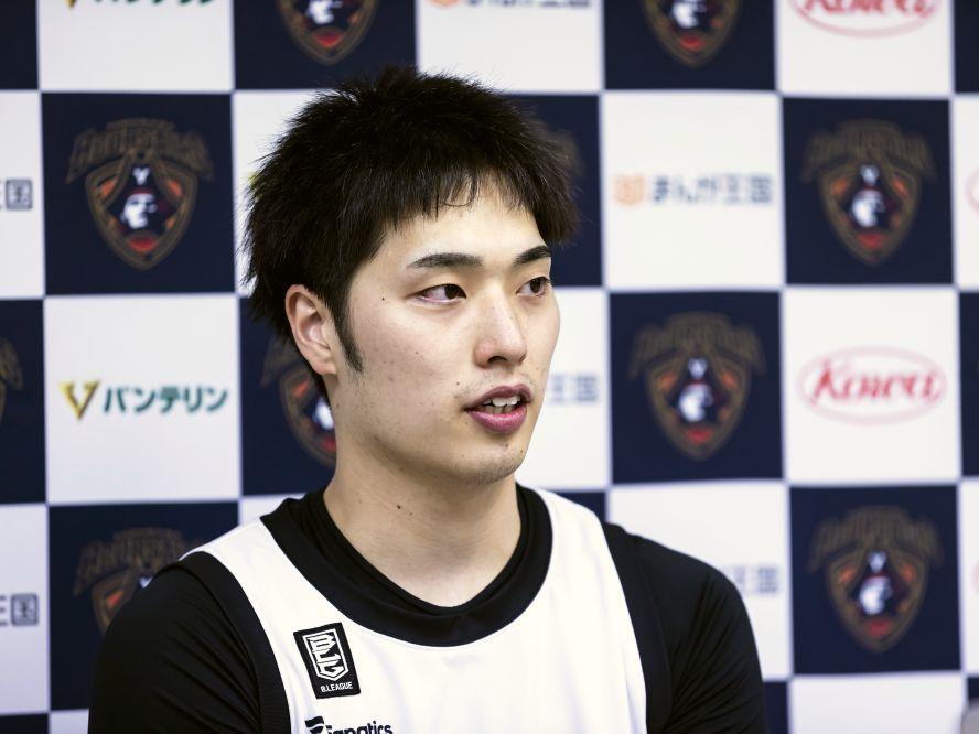先発に据えられた岡田侑大、富山グラウジーズの連勝に得点力で貢献「自分の感覚で、やりたいことをやっている感じ」