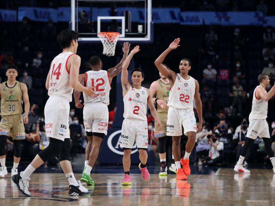 『走るバスケ』で第3クォーターに抜け出した千葉ジェッツが琉球に勝利、富樫勇樹は「負けられない試合が続きます」