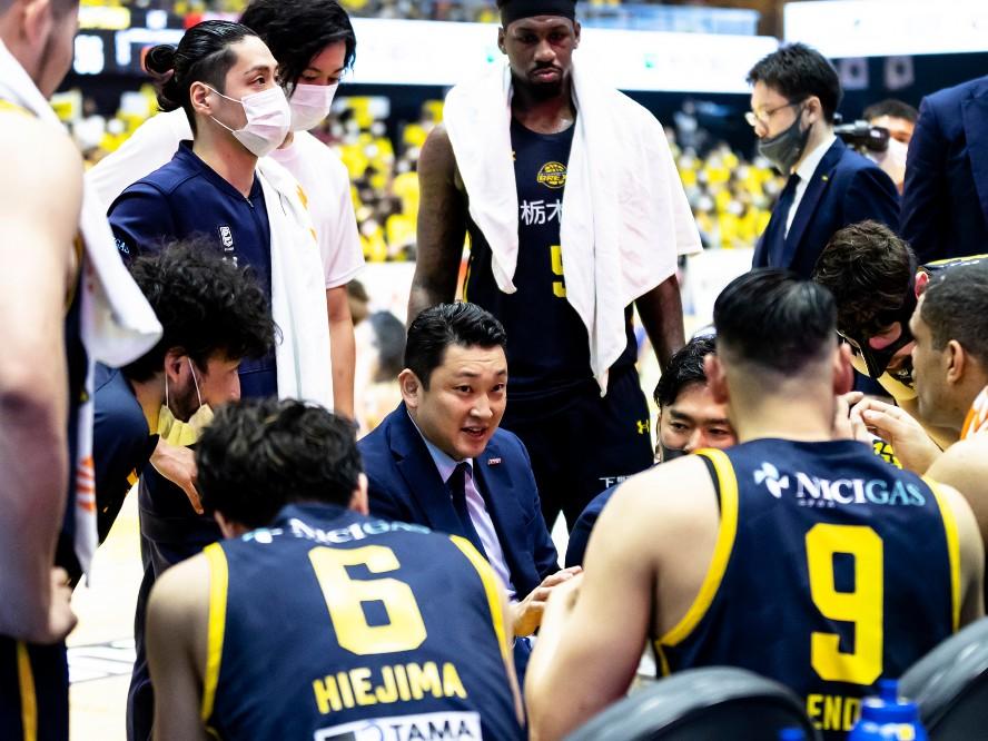 宇都宮ブレックスが初年度以来のファイナル進出、指揮官の安齋竜三の確信「今、このチームはめちゃくちゃ良いチーム」