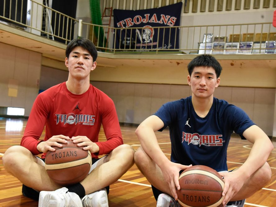 福岡大学附属大濠を引っ張る3年生コンビ、針間大知&大澤祥貴「僕たちがいかに声を出してチームに働きかけていくか」