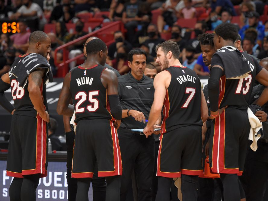 NBAファイナル進出から失意のシーズンへ、次の一歩をどう踏み出すかが注目されるヒートの今後をパット・ライリーが語る