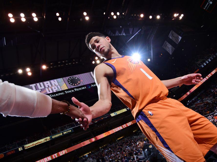 NBA優勝と東京オリンピック優勝の2つの目標を目指すデビン・ブッカー、アメリカ代表に向け「すぐに行くよ」