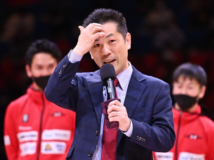 富山グラウジーズをチャンピオンシップ進出に導いた浜口炎ヘッドコーチが続投「今シーズンも情熱を持って喰らいつきます!」