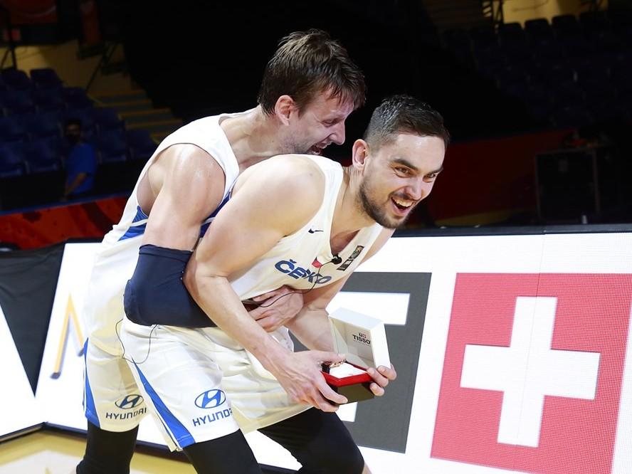 チェコが初のオリンピック出場、世界最終予選MVPのトーマス・サトランスキー「NBAでプレーするよりも大きな夢」