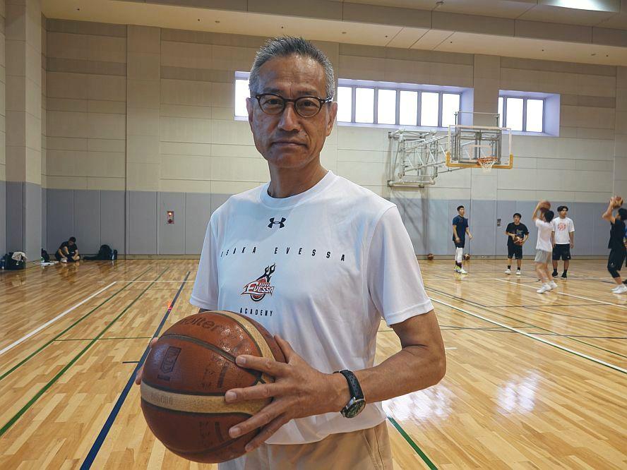 小野秀二が能代工業の次に選んだのは大阪エヴェッサの育成&普及「トヨタで日立で能代工業でやっていたレベルの指導を」