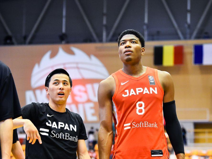 バスケ男子日本代表が2023年のワールドカップで『1勝』を挙げられるか、強豪国へと成長するカギは『国外組と海外組の融合』