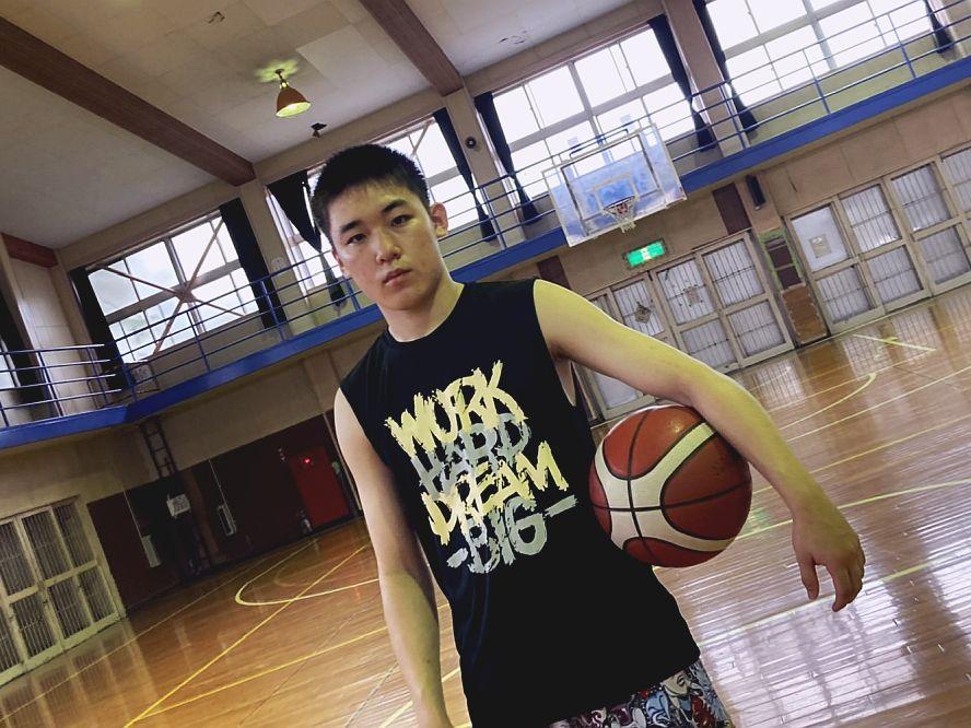 バスケ大国の下部組織で頭角を現す岡田大河(前編)「小さい選手が海外で通用するにはバスケIQ、だからスペインへ」